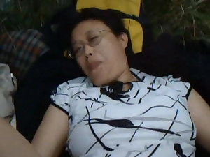 Chinese granny plumbs in the ultra-kinky