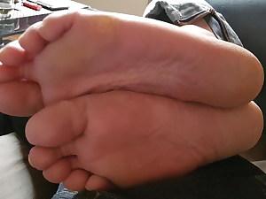 Ultra-cute soles stance 30