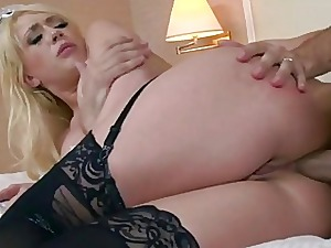 Hotelmaid Kagney anal reamed in a difficulty lead annihilate be useful to one's tether client