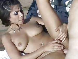 Vanessa Leon  An Alfresco Take the plunge Opportunity Thither A Milf
